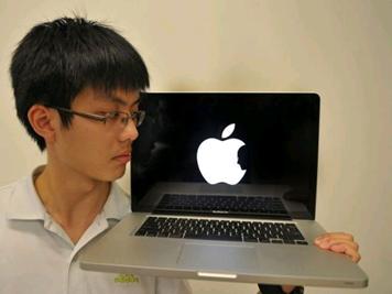 Jonathan_Mark_tribute_to_Steve_Jobs