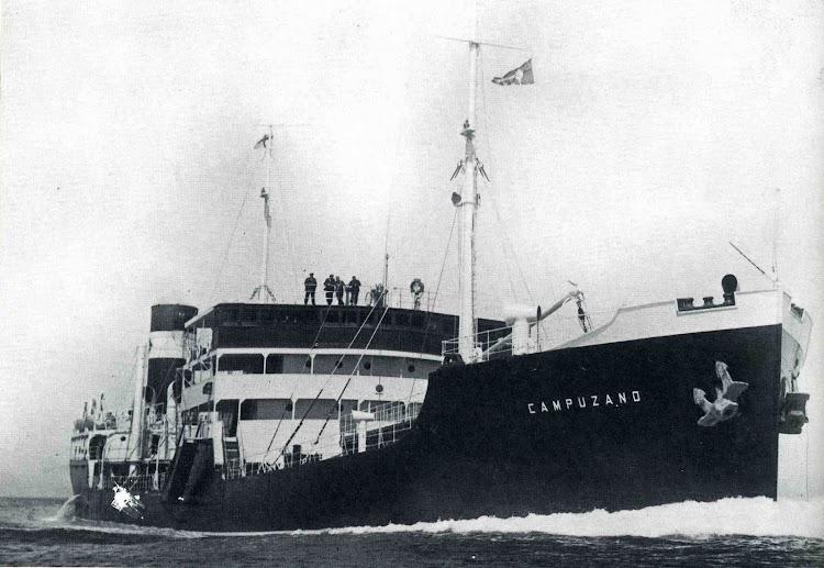 El CAMPUZANO en sus pruebas de mar. Del libro CINCUENTA AÑOS DE CAMPSA.jpg