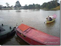 kuching_waterfront_sampan_ride_3