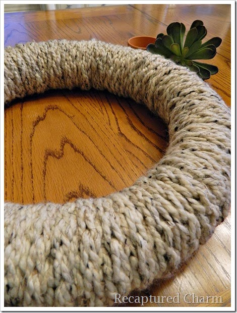 finger knitted wreath 9