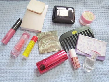 makeup kit contents, bitsandtreats