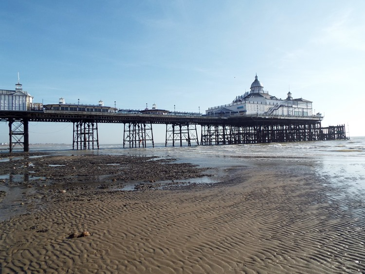 EASTBOURNE PIER LOW TIDE
