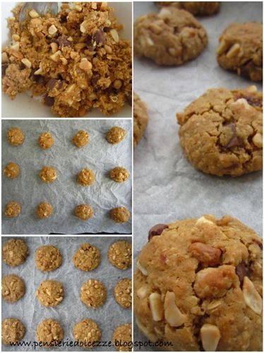 White Chocolate Macadamia Cookies 1