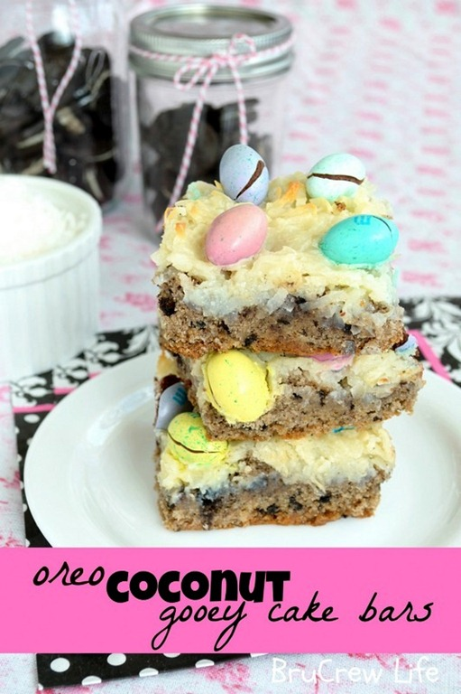 Oreo-Coconut-Gooey-Cake-Bars-2