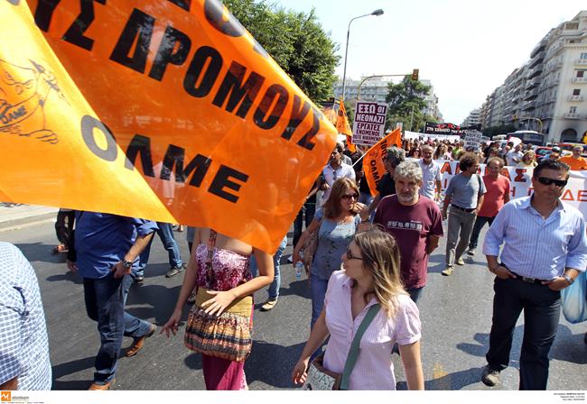 Για αναστολή της απεργίας πάνε οι εκπαιδευτικοί