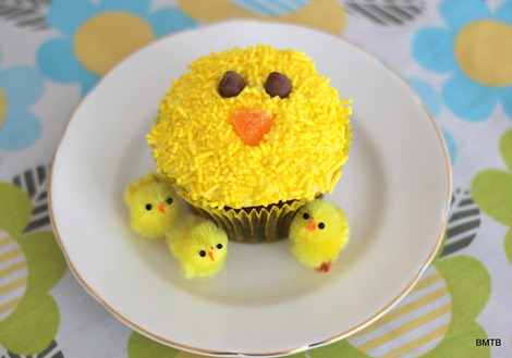 Easter Chicken Cupcake