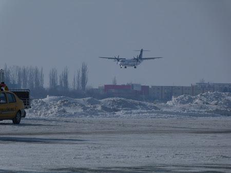 Aterizare avion Tarom