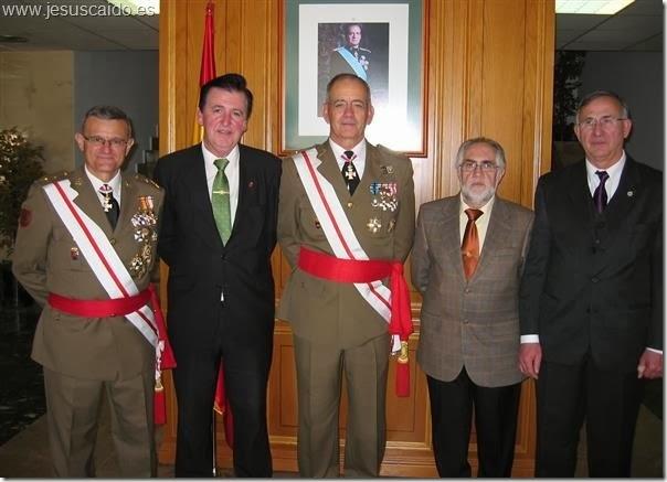 El Teniente General Aparicio, el general del Pozo y los miembros de la Cofradía en los actos celebrados en El Goloso