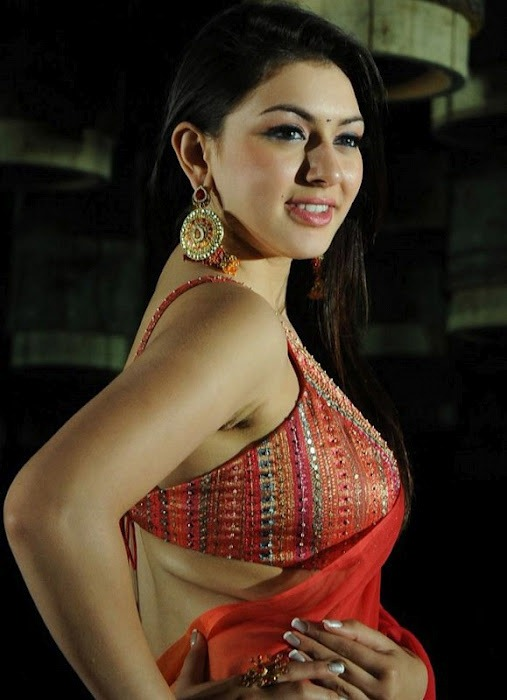 Hansika Motwani Pictures in String Blouse and Lehenga, Hansika Motwani Spicy Pictures