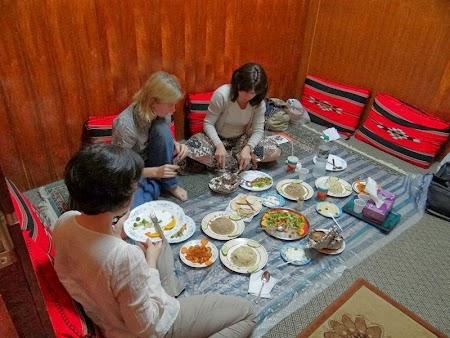 14. Cina traditionala Oman.JPG