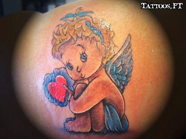 tatouages petits oiseaux liberte poignet petit tatouage oiseau. Black Bedroom Furniture Sets. Home Design Ideas