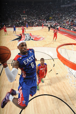 lebron james nba 130217 all star houston 25 game 2013 NBA All Star: LeBron Sets 3 pointer Mark, but West Wins