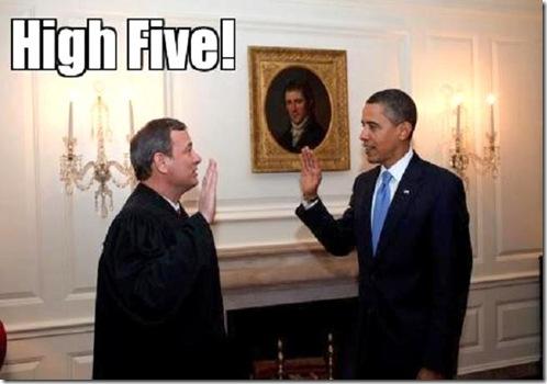 obama-roberts hi 5