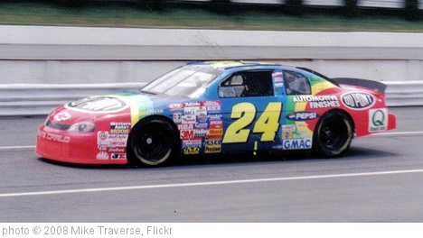 '#24 Jeff Gordon' photo (c) 2008, Mike Traverse - license: http://creativecommons.org/licenses/by-sa/2.0/