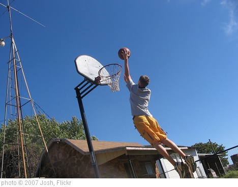 'Basketball Dunk 3' photo (c) 2007, Josh - license: http://creativecommons.org/licenses/by/2.0/