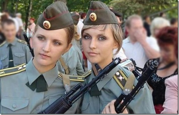 hottest-female-soldiers-15