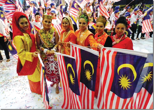 The People of Malaysia - Be On The Road   Live your Travel Dream!