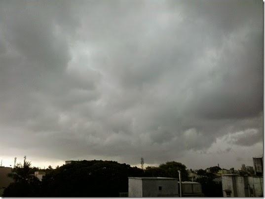 chennai-sky-looking-North-15-Apr-2015