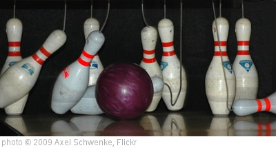 'Bowling' photo (c) 2009, Axel Schwenke - license: http://creativecommons.org/licenses/by-sa/2.0/