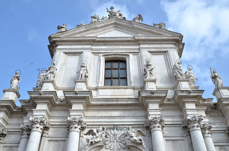 Chiesa Gesuiti 02