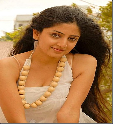 poonam_kaur_as hot model