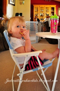 10-09-12-Snack-Tillie