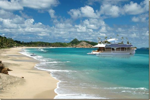 Orsos Island - une île privée flottante-001
