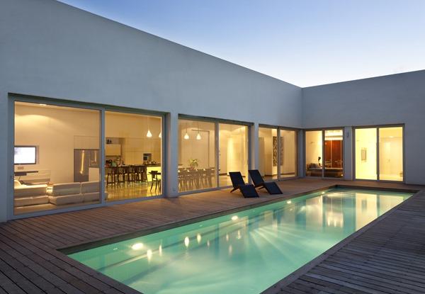 Casa en talmei elazar dan hila israelevitz architects for Casa minimalista cristal