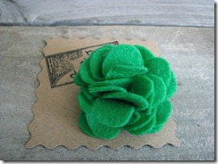 green felt flower pin