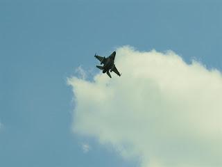 F  16 Falkon