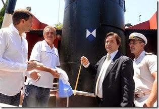 El intendente de la Municipalidad de La Costa, Juan Pablo de Jesús, junto al ministro de Defensa de la Nación, Agustín Rossi, encabezaron el acto de colocación del Escudo Azul en el Faro San Antonio, en San Clemente.
