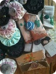brooches (Medium)