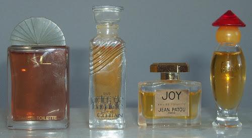 Miniaturas de perfumes clássicos
