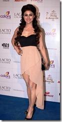 actress_mouni_roy_new_stylish_photos