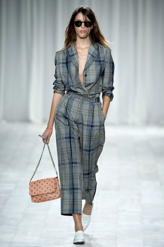 London Fashion Week - Paul Smith (Spring 2012) 4