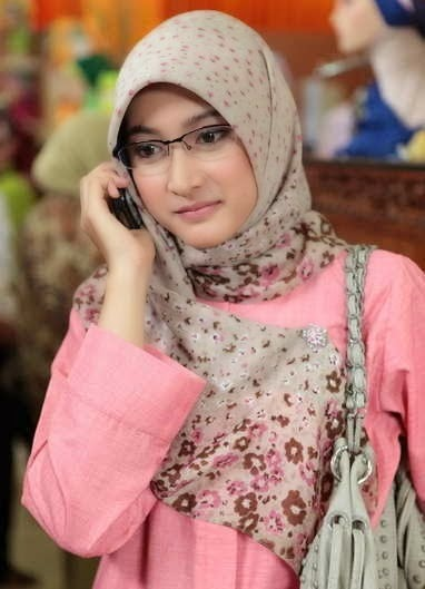 Jilbab In Love (14)