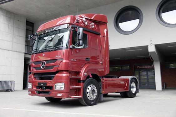 Camión Mercedes-Benz Axor