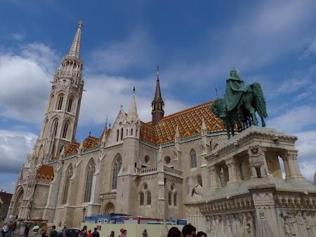 Obiective turistice Budapesta: Catedrala Matei Corvin
