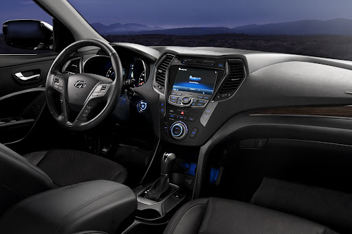 2013-Hyundai-Santa-Fe-Sport-17.jpg