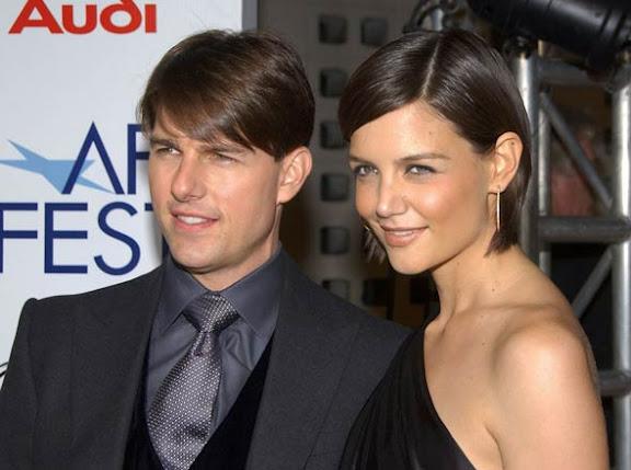 Tom Cruise e Katie Holmes anunciaram a separação.  A ator Tom Cruise e Katie Holmes estão separados, o ator declarou 'Estou muito triste'.