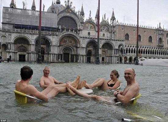 Veneza - enchente (4)