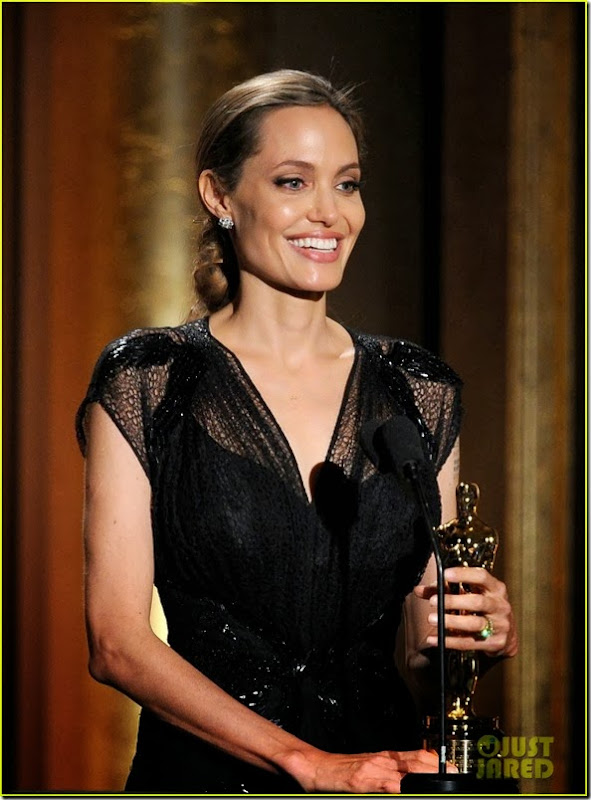 angelina-jolie-jean-hersholt-humanitarian-award-video-06