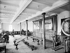 794px-Gym