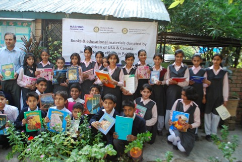 Rotary Books for the World_Hashoo Foundation Distribution (41)
