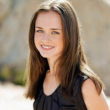 Alexis Bledel [from www.metacafe.com] #59.jpg