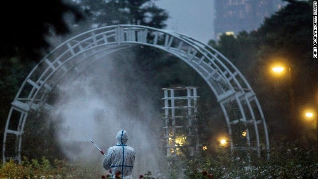 140903033105-yoyogi-park-mosquito-fumigation-dengue-story-top.jpg