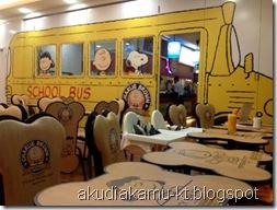 charlie brown cafe 1