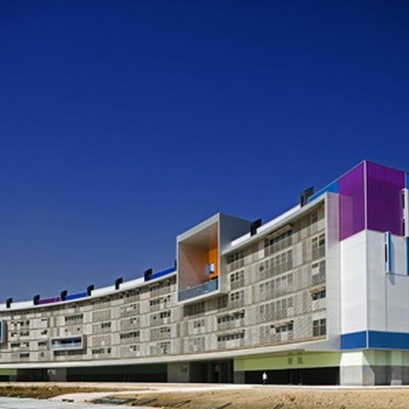 Complejo de Apartamentos Solares de España toma el ejemplo de Le Corbusier