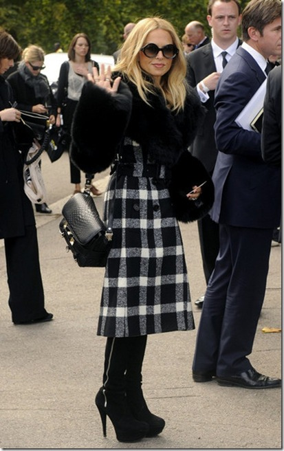 Rachel Zoe Klum lands London 0ZBPcyAuMDSl