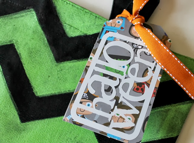 Trick or Treat bag tag #Halloween